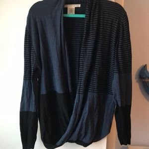 Max Studio, Black & Blue sweater. Size XL